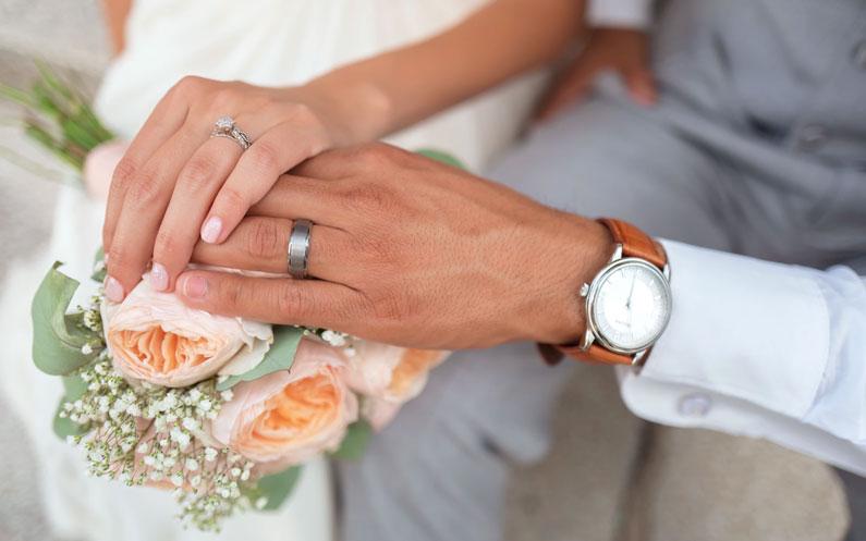 Niezbędne porady i wskazówki dotyczące planowania ślubu